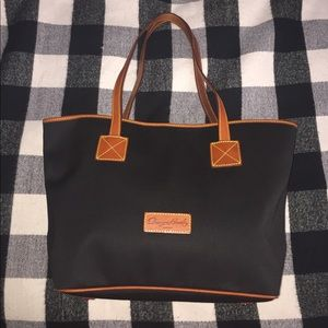 DOONEY AND BOURKE CINDY TOTE